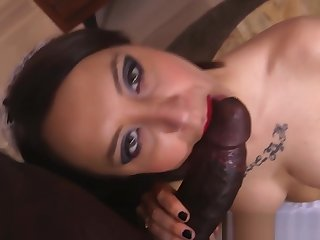 Posh young lady gets analized