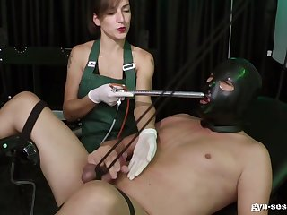 Baroness Mercedes wants to punish her lover with pain with an increment of pleasure