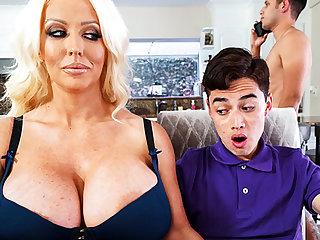 Busty stepmom interested helter-skelter taste schoolboy's dick