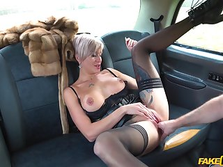 Horny driver enjoys good blowing and mating off out of one's mind Tanya Tart just about the taxi