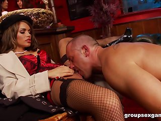Amy Azzura and Anna Lovato fucked in a nasty Herculean organize carnal knowledge