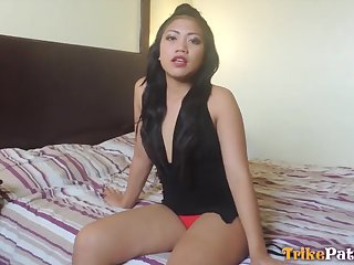 After playing with respect to a gewgaw Asian bitch with respect to big ass Cloe gives man a ride