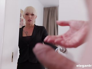 Christina catches her business partner spasmodical off together with decides relating to help him