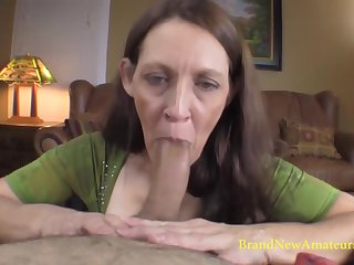 Patricia gives the brush best in this porn players