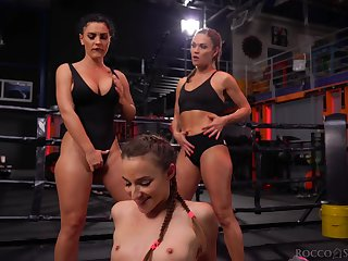 Fit gals with banging booties get started a cat fight together with things turn sexual