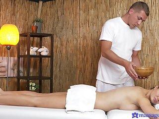 Erotic massage leads prexy brunette to insane fuck moments