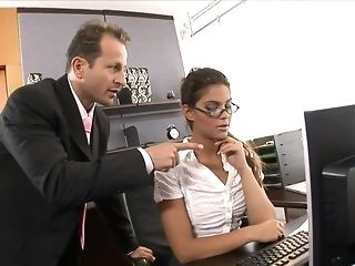Sexy sexy doodah penetrated perished in the office free porn